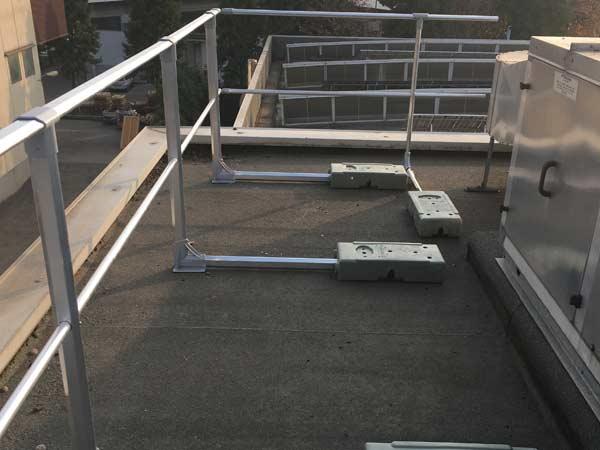 Installazione-barriere-sistemi-di-sicurezza-per-tetti-parma
