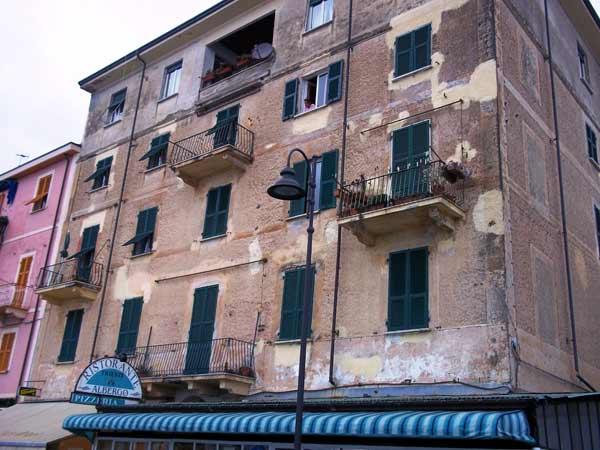 Preventivo-rifacimento-facciata-abitazione-parma